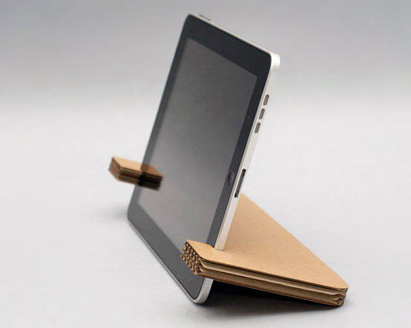 soporte-carton-ipad-iphone